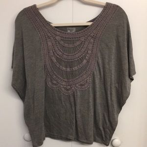 Converse Gray Top w Lace Bib and Batwing Sleeves